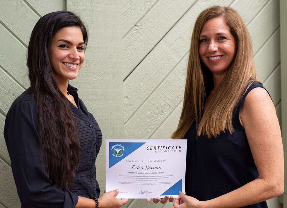 jill and luisa with certifcate